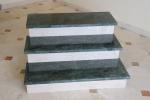 scala-di-verde-indiano-e-perlato-sicilia